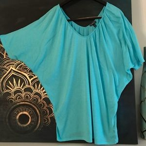 Express Turquoise Batwing Short sleeve top sz Lg